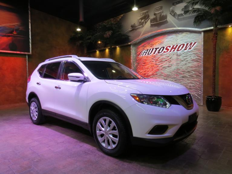 Used 2016 Nissan Rogue AWD - Backup Cam & Bluetooth! for sale Sold at Auto Show Sales and Finance in Winnipeg MB R3Y 1G5 1