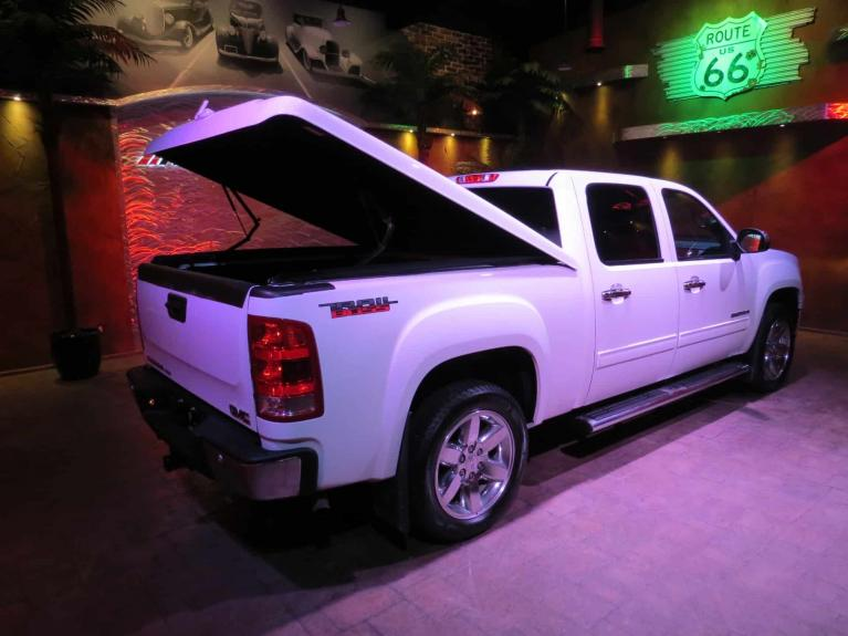 Used 2012 GMC Sierra 1500 SLT Z85 - Htd & AC Lthr, Nav, GORGEOUS!! for sale $22,875 at Auto Show Sales and Finance in Winnipeg MB R3Y 1G5 2