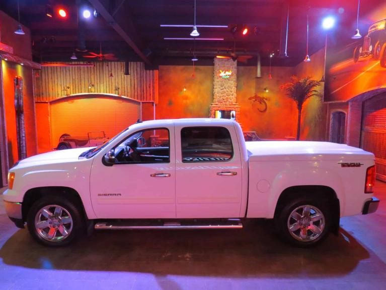 Used 2012 GMC Sierra 1500 SLT Z85 - Htd & AC Lthr, Nav, GORGEOUS!! for sale $21,875 at Auto Show Sales and Finance in Winnipeg MB