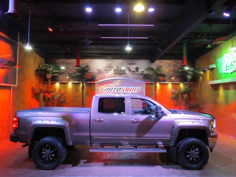 Used 2015 Chevrolet Silverado 1500 *HUGE LIFT!! LOADED! CUSTOM 4X4 Z71!** for sale $40,875 at Auto Show Sales and Finance in Winnipeg MB R3Y 1G5 2