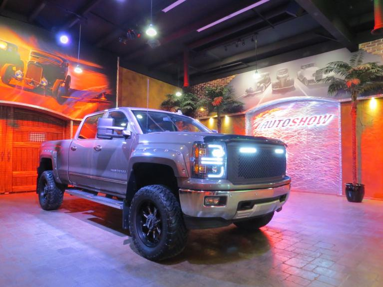 Used 2015 Chevrolet Silverado 1500 *HUGE LIFT!! LOADED! CUSTOM 4X4 Z71!** for sale $40,875 at Auto Show Sales and Finance in Winnipeg MB R3Y 1G5 1
