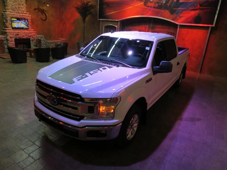 Used 2019 Ford F-150 5.0L Crew 4x4 - Custom Graphics!  Big Screen!! for sale $39,800 at Auto Show Sales and Finance in Winnipeg MB