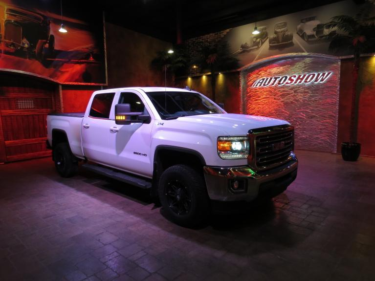 Used 2017 GMC Sierra 2500HD SLE+ Htd Lthr, Big Screen, R.Start, 4x4! for sale $40,600 at Auto Show Sales and Finance in Winnipeg MB R3Y 1G5 2