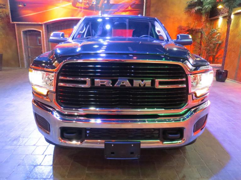 Used 2019 Ram 2500 BIG HORN - 6.4L, 4x4 Crew, Graphics Pkg for sale $46,885 at Auto Show Sales and Finance in Winnipeg MB R3Y 1G5 2