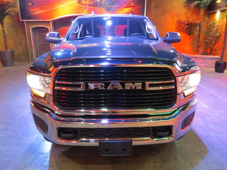 Used 2019 Ram 3500 New Gen Big Horn - 8 Ft Box, 6.4L, 4x4 Crew! for sale $47,800 at Auto Show Sales and Finance in Winnipeg MB R3Y 1G5 2
