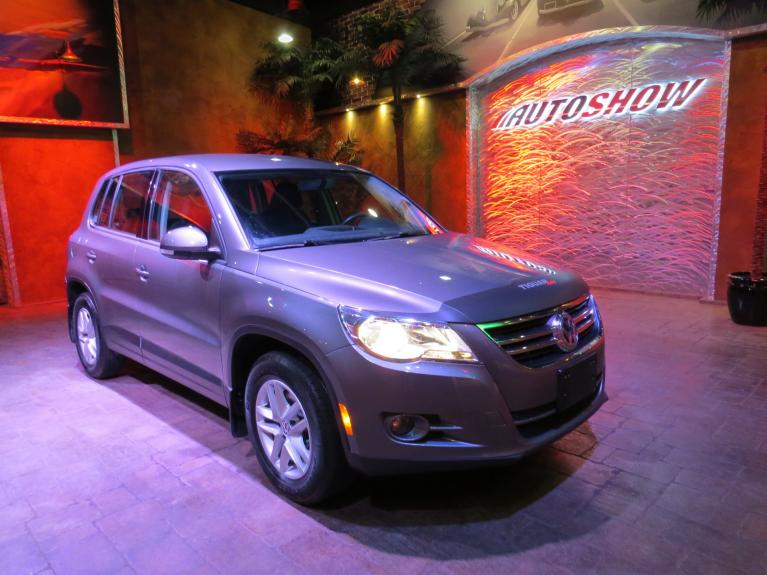 Used 2011 Volkswagen Tiguan S *AWD, Htd Seats, Tow Pkg!* for sale $11,575 at Auto Show Sales and Finance in Winnipeg MB R3Y 1G5 2