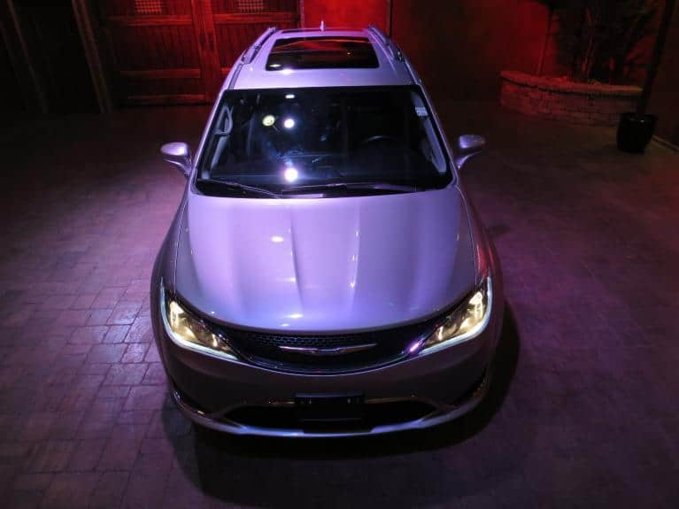 Used 2018 Chrysler Pacifica Touring L+ Htd Lthr Front & Rear, DVDx2, Pano Roof for sale $33,600 at Auto Show Sales and Finance in Winnipeg MB R3Y 1G5 2