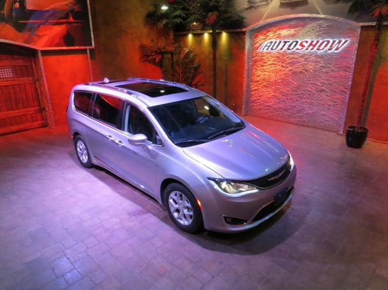 Used 2018 Chrysler Pacifica Touring L+ Htd Lthr Front & Rear, DVDx2, Pano Roof for sale $33,600 at Auto Show Sales and Finance in Winnipeg MB R3Y 1G5 1