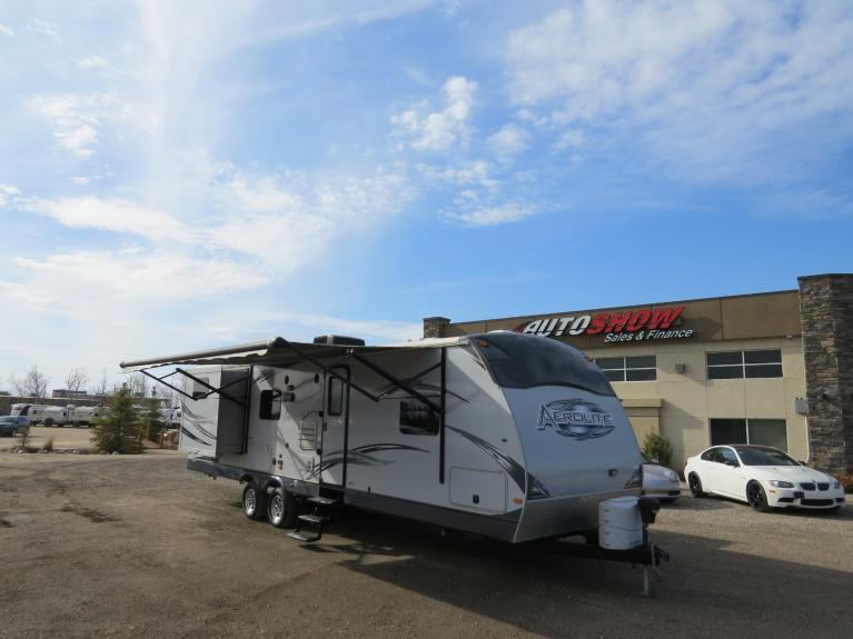 Used 2012 Aerolite Dutchmen 318BHSS *Double Slide, Bunkhouse! Sleeps 10+* for sale $24,800 at Auto Show Sales and Finance in Winnipeg MB