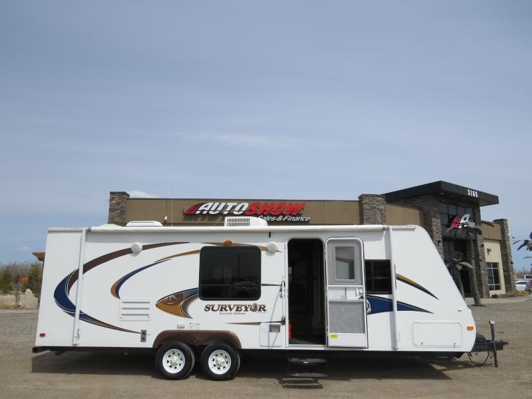 Used 2010 Surveyor Travel Trailer **SURVEYOR** ECO-LIGHT SPORT W/ SLIDE!! for sale $16,600 at Auto Show Sales and Finance in Winnipeg MB R3Y 1G5 1