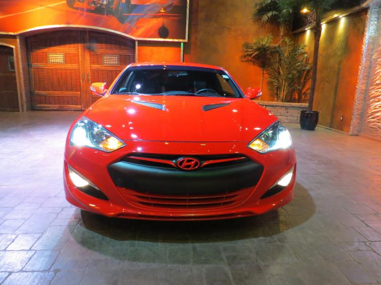 Used 2016 Hyundai Genesis Coupe 3.8L Premium - RARE 6 Speed M/T!! for sale $26,995 at Auto Show Sales and Finance in Winnipeg MB R3Y 1G5 2