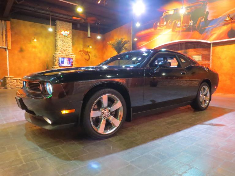 Used 2010 Dodge Challenger R/T *HEMI, Htd Lthr, S.Roof, Low Low  K!* for sale $25,600 at Auto Show Sales and Finance in Winnipeg MB R3Y 1G5 2