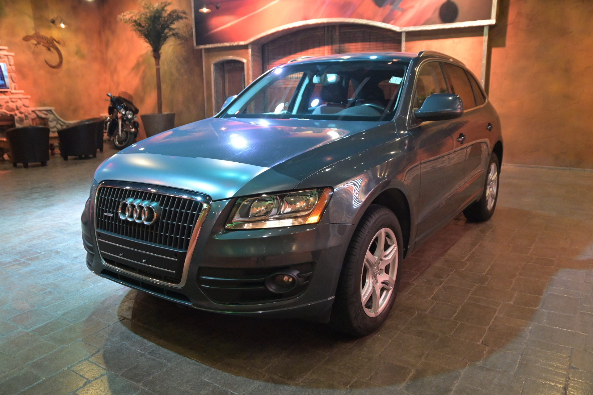 used 2011 Audi Q5 car, priced at $19,800