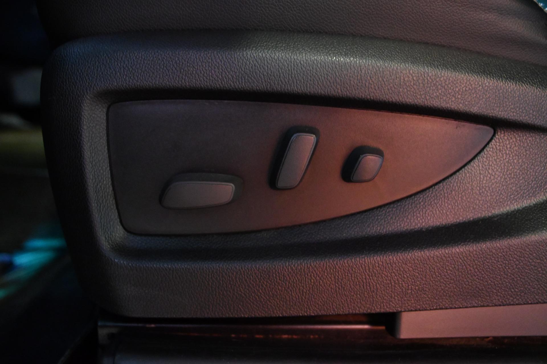 used 2014 Chevrolet Silverado 1500 car, priced at $32,600
